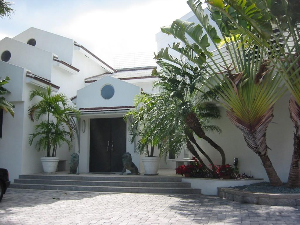Velocci Residence
